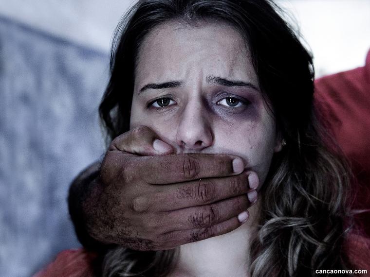 formacao_o-silencio-de-uma-inocente-diante-dos-abusos-sexuais